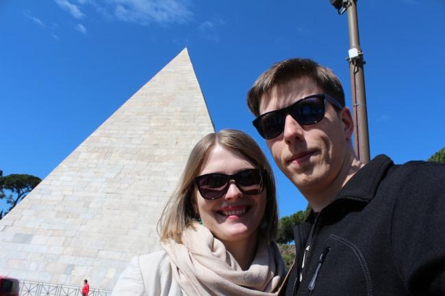 Kajaus Cestijaus piramidė